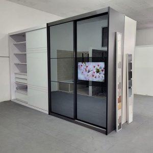ארון הזזה בהתאמה אישית 4 דלתות גודל 320/270 סגירה עד תקרה