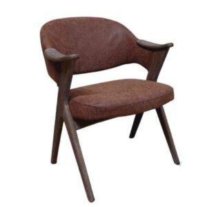 כורסא מעוצבת עץ ובד קטיפתי